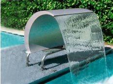 Cascada para piscina Cortina Cisne en acero inoxidable de Astralpool