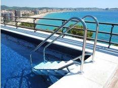 Escalera piscina de fácil acceso Naturpool ancho 500 mm en acero inoxidable Aisi 316L Electropulido
