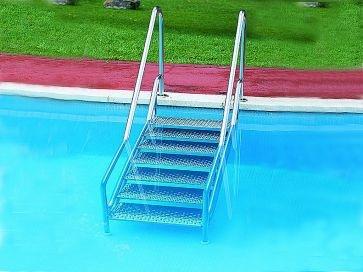Escalera piscina de fácil acceso Land ancho 700 mm