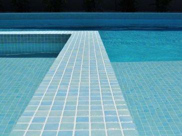 Gresite para piscina mix azul y verde niebla 25 x 25 mm